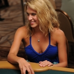 Pretty Girl playing satellite at the 2009 WSOP