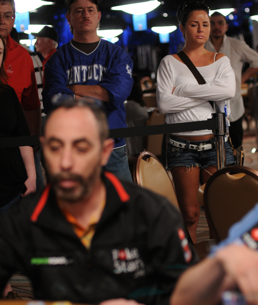 Barry Greenstein is the current chipleader in Event No. 47 at the 2009 WSOP