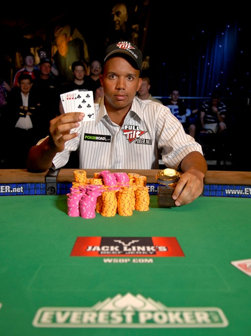 phil ivey captures sixth wsop bracelet