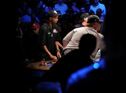 Phil Ivey watches as Darvin Moon's pocket 8's crack Jordan Smith's pocket Aces.