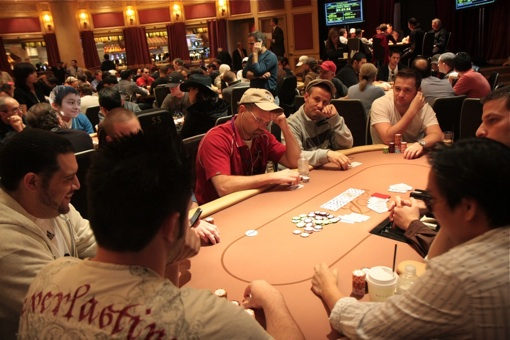 The WPT Festa al Lago has an interesting registration and blind structure that had many in the room like, wtf...
