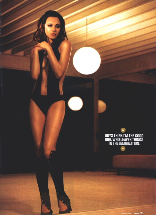 Linda Cardellini looking anonymously attractive in MAXIM.
