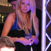 Tom Dwan's girlfriend (still dating?) does not appear in his commercial.