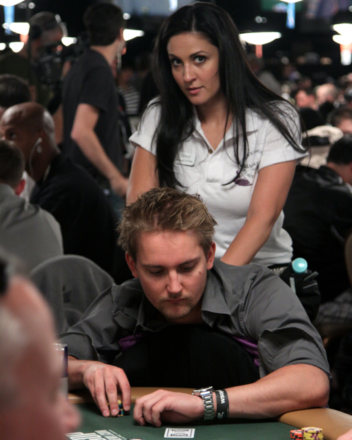 masseuse-rail-2010-wsop-1